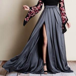HALLE Maxi Skirt
